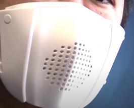 Умная маска изобретена в Японии: не защищает от коронавируса но помогает в общении