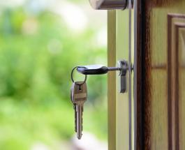 """""""Плоский"""" дом выставленный на продажу сбивает с толку потенциальных покупателей"""