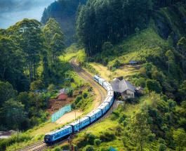 Пассажирский поезд сошел с рельсов в Шотландии: есть жертвы