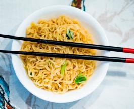 Китайский ресторан принес извинения за взвешивание клиентов перед заказом еды