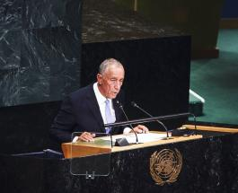 Национальный герой: президент Португалии лично принял участие в спасении тонущих женщин
