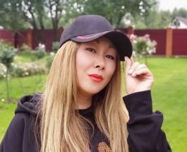 Анита Цой поздравила сестру с днем рождения: красивое фото певицы с родным человеком