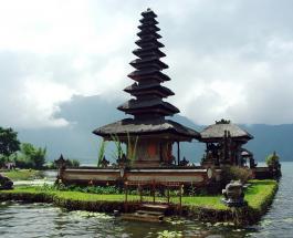 Власти Бали определились с судьбой туристического сезона: когда остров откроют для иностранцев