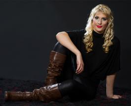 Правила стирки черной одежды: как помочь любимым вещам сохранить насыщенный цвет