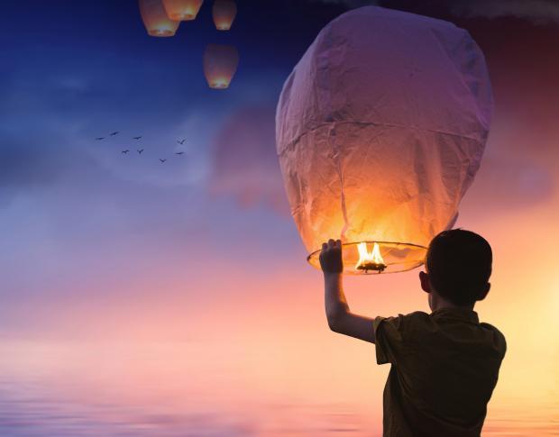 свеча воздушный фонарик