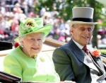 Елизавета II и принц Филипп отправились в Сандрингем после летних каникул в Шотландии