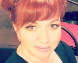 Мама Ольги Картунковой – очаровательная блондинка: фото красивой женщины