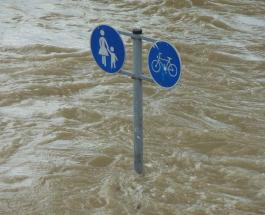 Массовые наводнения в Испании: от проливных дождей сильно пострадала Валенсия