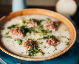 Что приготовить на обед: рецепт нежного сливочного супа с тефтелями