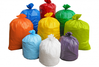 Как правильно класть пакет в мусорное ведро чтобы пищевые отходы и бумага из него не выпадали