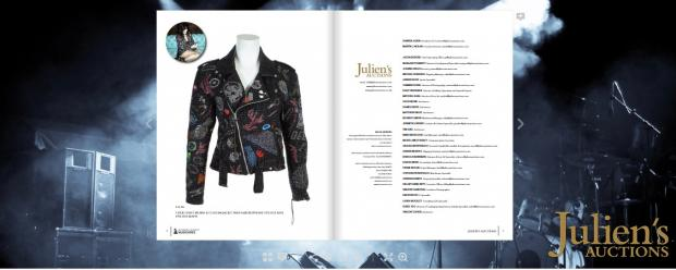 Куртка Шер, выставленная на аукцион