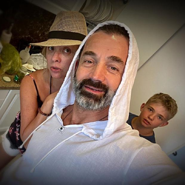 Дмитрий Певцов и семья