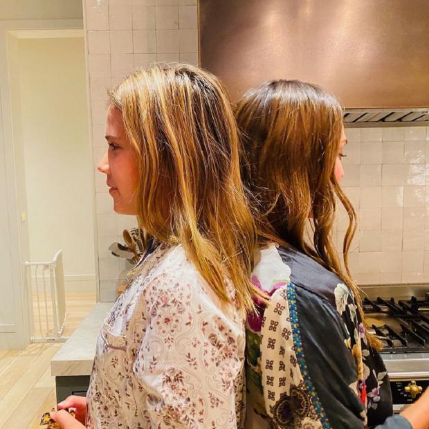 Джессика Альба с дочерью, которая уже выше ее