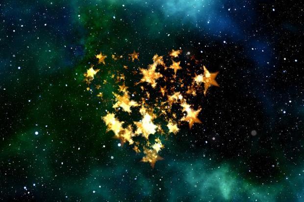 звезды в форме сердца на ночном небе