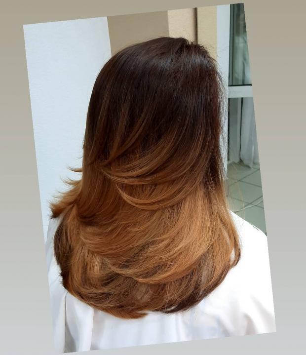 Длинные темные волосы