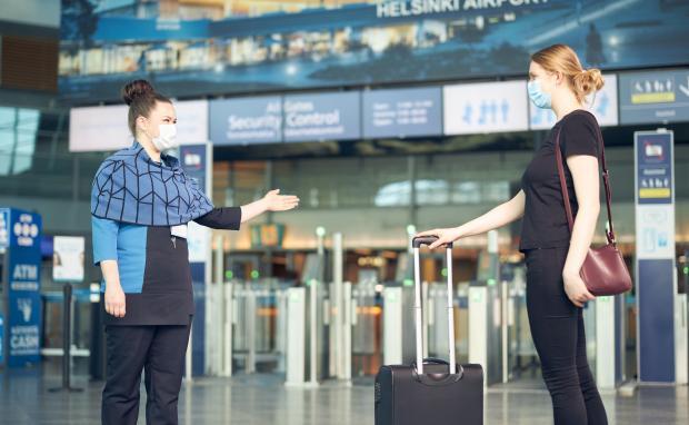 Женщины в аэропорту