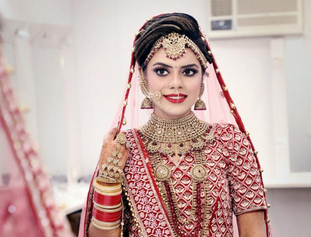 Невеста в национальном наряде