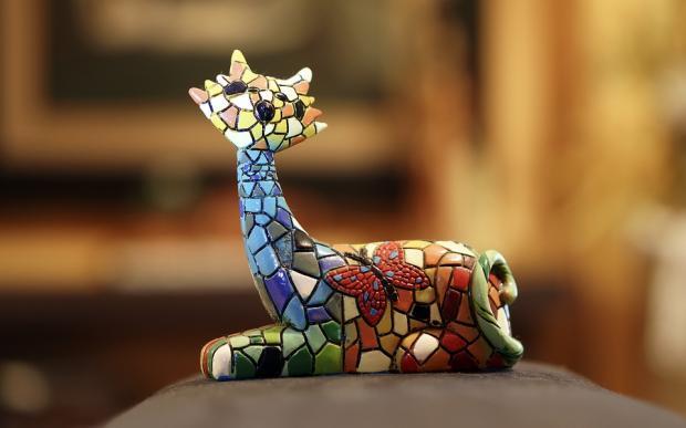 сувенирная мозаичная фигурка
