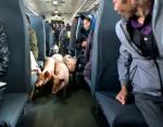 Неожиданный гость в поезде