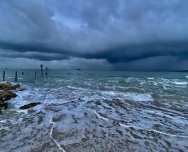 Шторм Алекс бушует во Франции: без вести пропали 8 человек