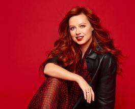 Юлия Савичева в элегантном образе: новые фото певицы восхитили фанатов