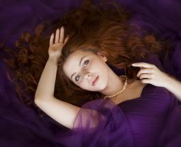 Почему выпадают волосы: 7 возможных причин неприятного состояния