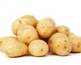 Не только в кулинарии: 9 необычных способов использования картофеля в быту