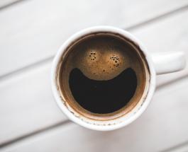 Самую большую в мире картину написанную кофе создала жительница Саудовской Аравии