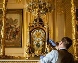 Королевский часовщик потратит 16 часов на перевод стрелок 400 часов в Виндзорском замке
