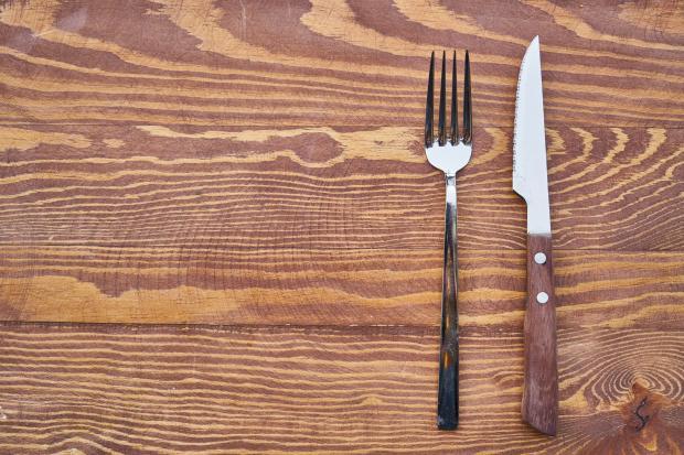 вилка и нож
