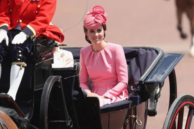 Кейт Миддлтон в розовом наряде