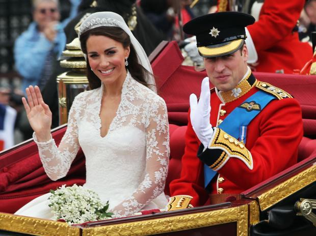Кейт и Уильям едут в карете