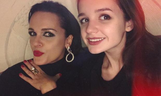 певица Слава с дочкой Сашей
