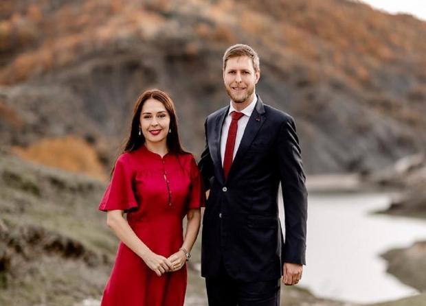 Лека 2 с женой