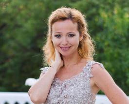 """Елена Захарова отмечает 45-летие: красивые фото звезды сериала """"Кадетство"""""""