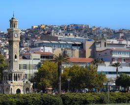 Еще одно чудо в Измире: 4-летняя девочка провела 91 час под обломками и осталась жива