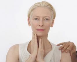 60-летняя Тильда Суинтон выглядит на 20 лет моложе: яркие фото известной британской актрисы