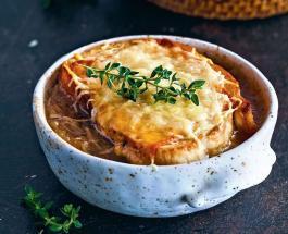 Как приготовить луковый суп: рецепт классического французского блюда