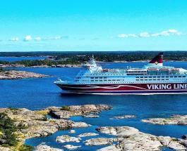 Круизный лайнер с пассажирами на борту сел на мель у побережья Финляндии
