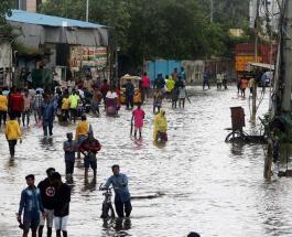 Сотни людей эвакуированы в Индии из-за надвигающегося циклона Нивар