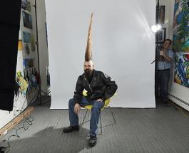 Обладатель самой высокой в мире прически стал рекордсменом Книги Гиннесса