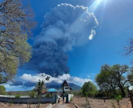Извержение вулкана в Индонезии: активность Левотоло привела к эвакуации тысячи жителей