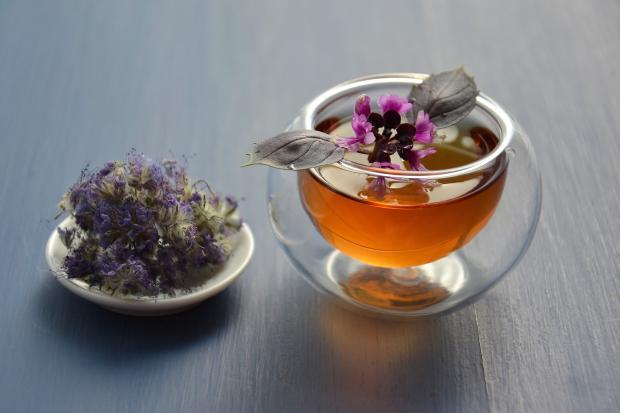 травяной чай с базиликом