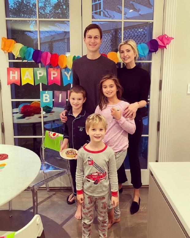 Иванка Трамп с семьей