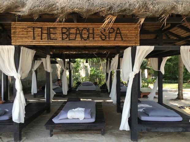 место на пляже в Таиланде для проведения массажа