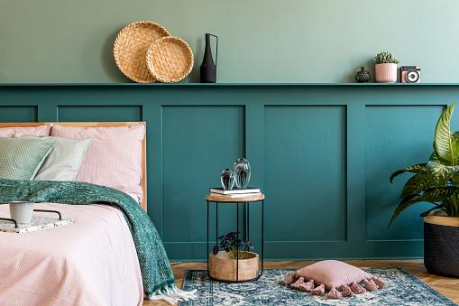 зеленый цвет в оформлении спальни