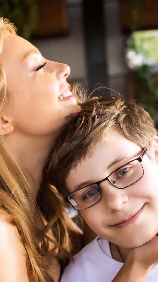 Тина Кароль с сыном