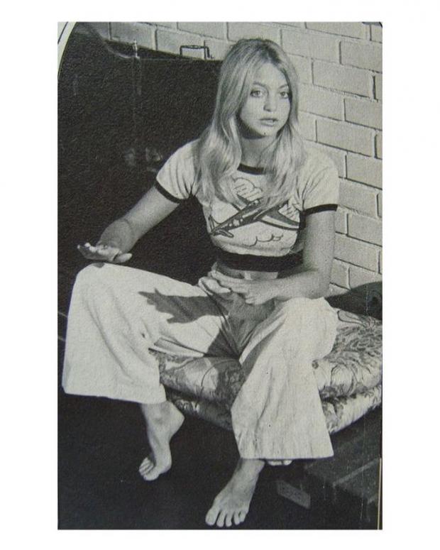 Молодая Голди Хоун