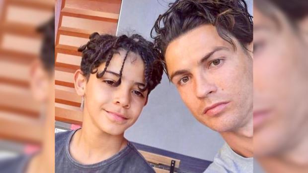 Криштиану Роналду со старшим сыном