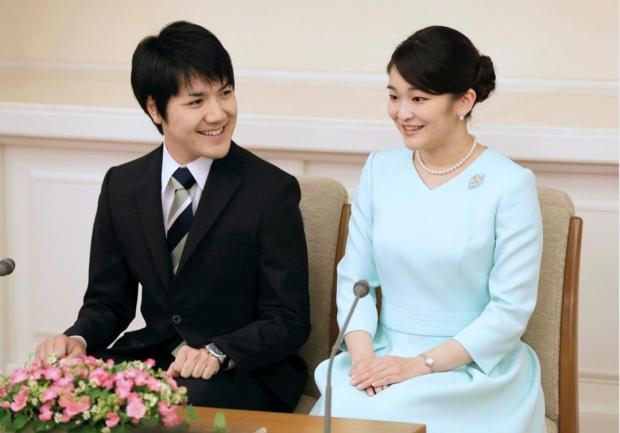 Японская Принцесса Мако со своим женихом